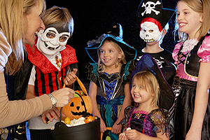 Trick or Treating Safety Tips, Halloween Safety, Halloween Safety Tips New City NY, Pedestrian Accident Law Firm New York, Pedestrian Accident Lawyers Rockland County NY, Pedestrian Injury Attorneys Hudson Valley NY, Pedestrian Injury Law Firm New Jersey, Personal Injury Lawyers Rockland County NY, Personal Injury Law Firm New City NY