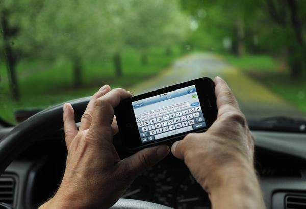 Fellows Hymowitz Personal Injury Law Texting Driving Attorneys